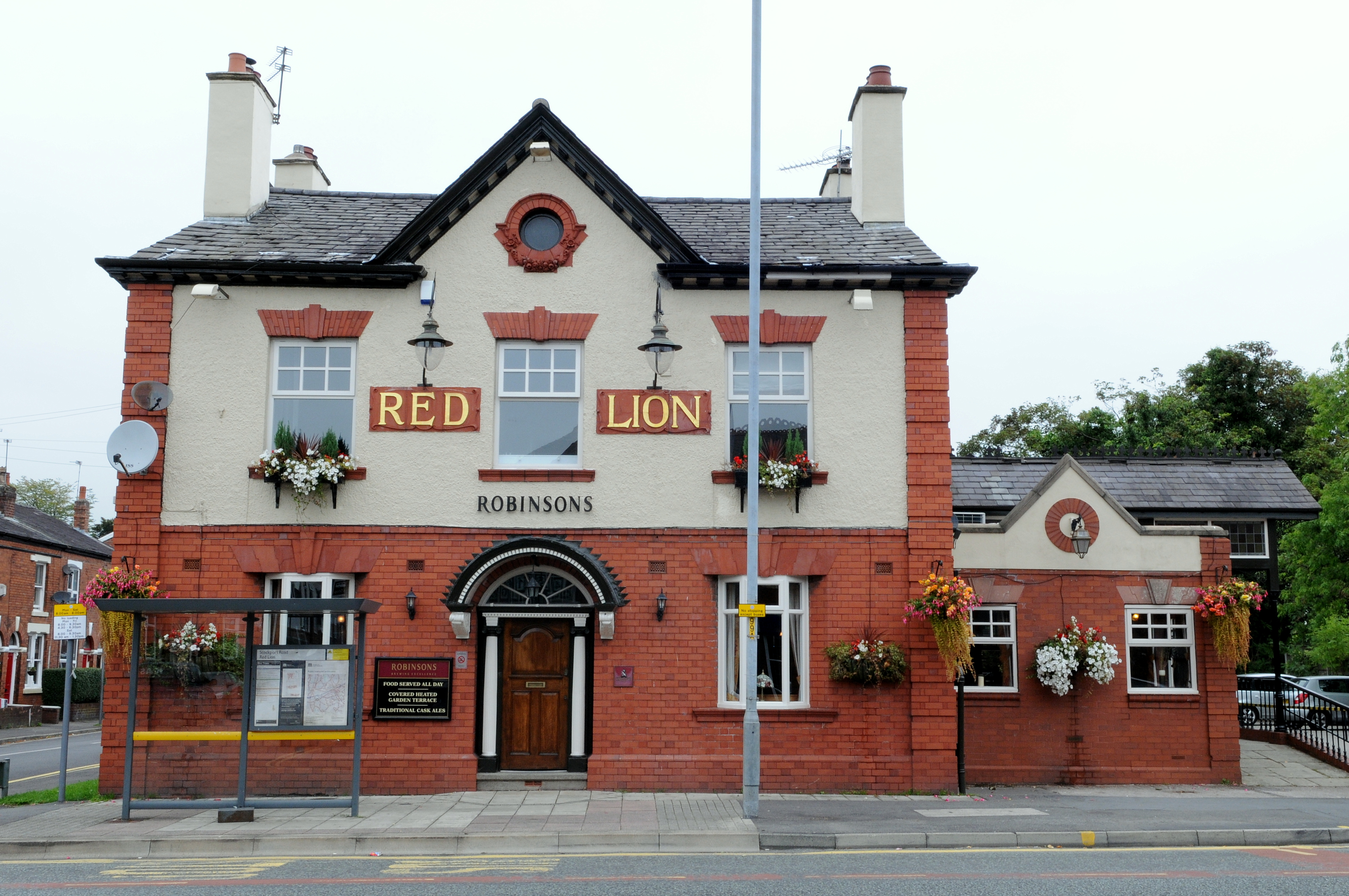 red-lion-cheadle-stockport